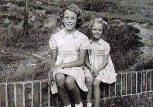 Pat and Ann in 1942. Can you actually buy such pretty dresses in the shops today?